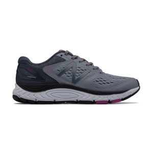 New Balance Women's 840v4 2E Width Running Shoe